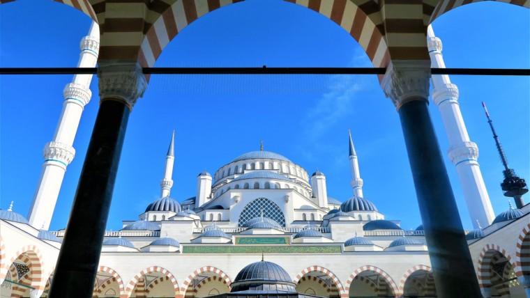 İslamiyetin Yayılmasına Katkısı Olanlar